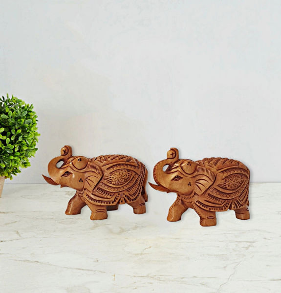 Carved wooden elephant figurine with beautiful hand work